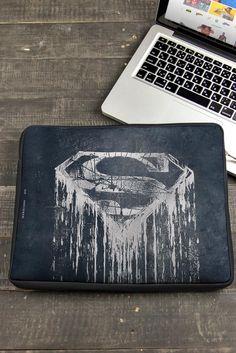 Capa de Notebook Superman Modelo Steel Melting