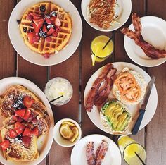 breakfast for every meal please Food L, Love Food, Food Porn, Breakfast Time, Breakfast Recipes, Waffles, Crepes, Tumblr Food, Food Inspiration