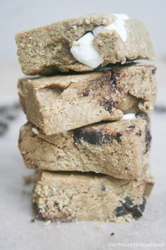 The most popular recipe on our blog- Homemade S'mores Quest Bars! No bake, gluten free option, and no refined sugars!