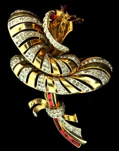 Vintage 1940s Huge Designer Stylized Dimensional Rhinestone FLOWER Figural Brooch Pin