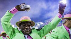 A festa dos vereadores do Rio no reino dos bicheiros - Brasil - Notícia - VEJA.com_____http://veja.abril.com.br/noticia/brasil/a-festa-dos-vereadores-do-rio-no-reino-dos-bicheiros