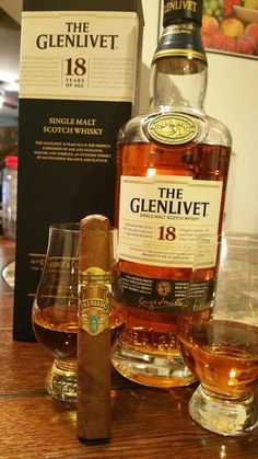 An Alec Bradley Prensado with a fine Single Malt. This is living. Good Whiskey, Cigars And Whiskey, Good Cigars, Pipes And Cigars, Scotch Whiskey, Bourbon Whiskey, Whiskey Bottle, Whiskey Brands, Tiger Beer