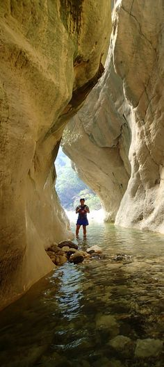 Sawcut Gorge - Isolated Hill Route, Marlborough, NEW ZEALAND