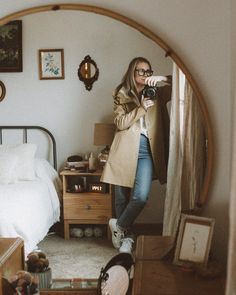 Karin Emily Style | Stutterheim Raincoat Review + 6 Styling Ideas #stutterheimraincoat #raincoatforwomen Ethical Clothing, Ethical Fashion, Cold Weather Fashion, Warm Weather, Independent Clothing, Capsule Wardrobe Work, Instagram Outfits, Comfy