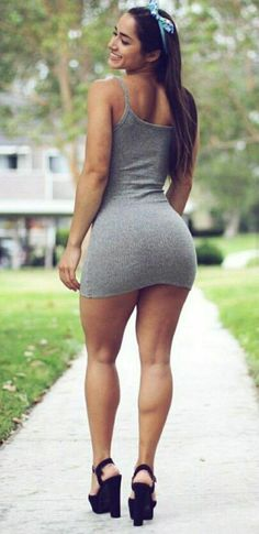 Sexy Girls in Sexy Dresses Hot Girls, Tight Dresses, Sexy Dresses, Pernas Sexy, Sexy Women, Sexy Curves, Sexy Legs, Gorgeous Women, Beautiful Legs