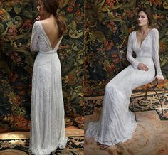 Romantic Bohemian Lace Backless Wedding Dresses V neck Long Sleeves Garden Beach Bridal Gowns Fairy Sweep Train 1970s Hippie Boho Wedding