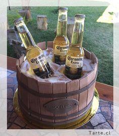 Torta de fondant barril de cerveza Birthday Cakes For Men, 21st Birthday, Birthday Ideas, Corona Cake, Cigar Party, Barrel Cake, 18th Cake, Grown Up Parties, Cake Designs