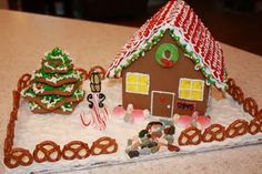 Must do gingerbread houses this year...