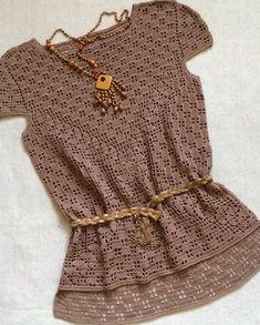 Curta se você gostou 👏😍 Leia a descrição ⤵ . By @svetashchedrina_knitting . . ▶Separamos um super guia com 3 mil gráficos criado com… White Crochet Top, Crochet Crop Top, Love Crochet, Crochet Designs, Crochet Patterns, Crochet Geek, Sweater Knitting Patterns, Filet Crochet, Crochet Clothes