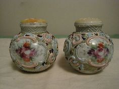 Nippon Salt & Pepper Shakers, Moriage Decorated with Hand Painted Flowers (from Michelle, Oct Salt N Pepper, Salt Pepper Shakers, Salt Cellars, Shake Shake, Oct 2016, Painted Flowers, My Cup Of Tea, Glass Ceramic, Kitchen Shelves