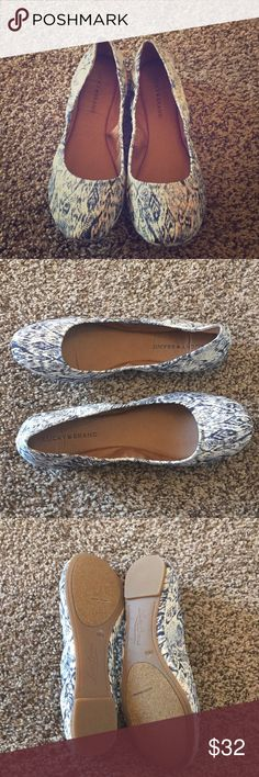 Lucky Brand Emmie Flats NWOT Lucky Brand Emmie Flats.  Never been worn!  Size 10B. Lucky Brand Shoes Flats & Loafers