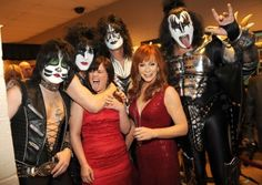 Kelly Clarkson, KISS and Reba McEntire attend the Annual Academy of Country Music Awards at the MGM Grand in Las Vegas, Nevada, on April Academy Of Country Music, Country Music Awards, Country Music Artists, Best Country Singers, Reba Mcentire, Kiss Band, Star Track, Hot Band, Kelly Clarkson
