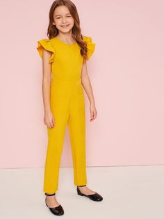 To find out about the Girls Ruffle Trim Pocket Front Jumpsuit at SHEIN, part of our latest Girls Jumpsuits ready to shop online today! Cute Spring Outfits, Cute Girl Outfits, Little Girl Dresses, Kids Outfits, Baby Girl Fashion, Kids Fashion, Fashion Outfits, Kids Gown, Jumpsuits For Girls
