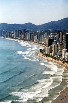 Balneário Camboriú, eu vivo onde as pessoas tiram férias !!!