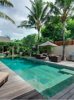 Swimming swimming pools call to mind barbecue events, a soothing float on a scorching summer time day, and pleasant throughout the photo voltaic with the youngsters. Spa Design, Villa Design, Design Hotel, House Design, Pool Spa, Swimming Pools Backyard, Swimming Pool Designs, Pool Landscaping, Hotel Pool