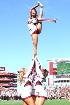 A look back at our 40 favorite cheerleaders from the 2013 college football season. They can cheer for us anytime! College Cheerleading, Cheerleading Pictures, Football Cheerleaders, Cheerleading Outfits, South Carolina, College Football Season, Ncaa College, Cheer Team Pictures, Cultura General