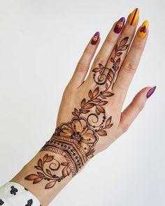 Mehndi/Tattoo in Kazan Pretty Henna Designs, Modern Henna Designs, Finger Henna Designs, Henna Art Designs, Mehndi Designs For Girls, Mehndi Designs For Fingers, Best Mehndi Designs, Henna Tattoo Designs, Mehndi Tattoo