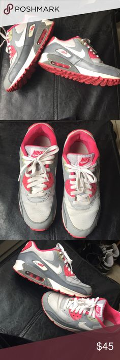 Nike air max Used nike  air maxed I cleaned up a little can be cleaned more if you have the time . Still got a lot of life left in them . Very comfy . Grey white pink I'm a women's 8 these are a kids size 7 and fit !!!!! nike Air Max Shoes Sneakers