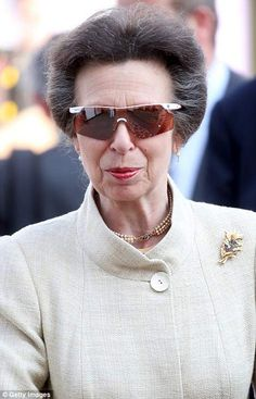 Princess Anne wore her sporty sunglasses at Chelsea Flower Show earlier this year . Big Sunglasses, Trending Sunglasses, Royal Fashion, Modern Fashion, Chelsea Flower Show 2018, Silhouette, Royal Jewels, Queen Elizabeth Ii, Style Icons