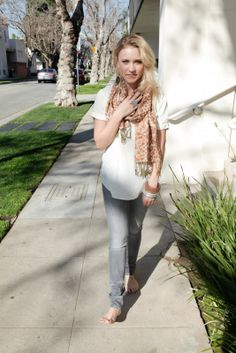 Emily Osment. Cute clothes!