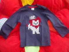 Camiseta león. www.dondeduermeelarcoiris.blogspot.com