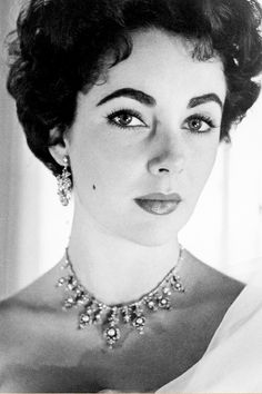 """"""" Elizabeth Taylor photographed by Cecil Beaton, 1954. """""""