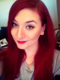 Zoe Sugg Hair