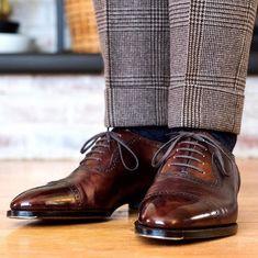 Handmade leather shoes for sale Sock Shoes, Women's Shoes, Shoe Boots, Dress Shoes, Shoes Men, Gentleman Shoes, Gentleman Style, Dapper Gentleman, Oxford Brogues