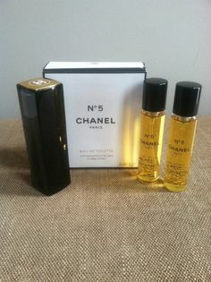 e81f1c3fb9e CHANEL no 5 Paris Eau de Toilette Twist and Spray Purse set 3 x .07oz