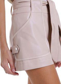 Fashion Line, Fashion Details, Fashion Pants, Fashion Outfits, Fashion Design, Suits For Women, Women Wear, Clothes For Women, Best Wear