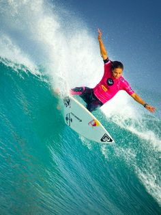 150 Best Sally Fitzgibbons Images Surfing Surf Girls Sally
