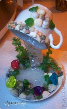 Мастер-класс Поделка изделие Моделирование конструирование Водопадик из кружки Бутылки пластиковые Клей фото 1