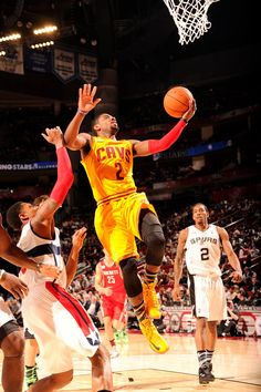 Cleveland Caveliers  #2 Kyrie Irving