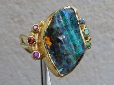 Ring, gold 18 and 24 ct avec 1 opal boulder, sapphire, ruby, tanzanite, tsavorit #bimonia #Jewelry