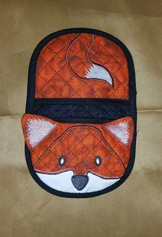 Fox in the hoop oven mitt, applique machine embroidery digital design pattern