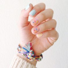 pastel short manicure, pastel colors minimal nail design, colorful speckles nail design