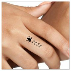Temporary Tattoo 4 Frog Finger Tattoos Waterproof by UnrealInkShop