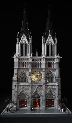 Inspiring Gothic cathedral worthy of our reverence Lego Architecture, Gothic Architecture, Lego City, Chateau Lego, Lego Castle, Minecraft Castle, Minecraft Ideas, Minecraft Buildings, Pokemon Lego