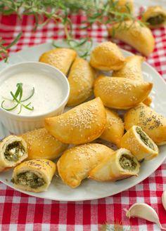 Pretzel Bites, Fresh Rolls, Feta, Bread, Ethnic Recipes, Breads, Baking, Buns