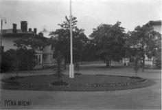 Pitkäniemi Pitkäniemen sairaala-aluetta 1900 –luvun alkupuolella. Edvard Merikanto. Vapriikin kuva-arkisto. Accounting