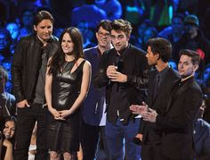 Robert Pattinson and the Twilight Cast contributes one of the biggest highlights of the 2012 MTV Video Music Awards in Los Angeles. | MTV Photo Gallery