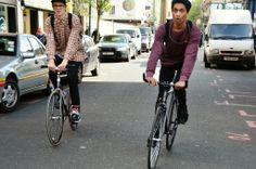 Brick lane, fixie riders, streetstyle by Pedlas.com