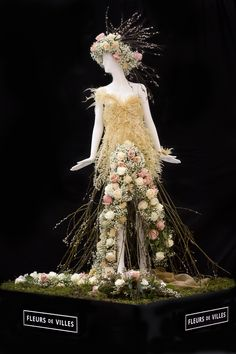 Created by Off Whyte Floral for Pandora Mannequin.
