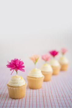 Carnation Cupcake Toppers DIY