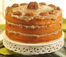 This C&H® Butter Pecan Cake is a wonderful 3-layer cake that works great for special events. Try out the recipe today for a delicious treat!