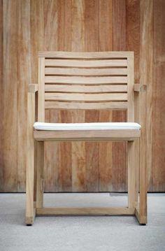 Jan Kurtz Armlehnsessel Timber kaufen im borono Online Shop Outdoor Chairs, Outdoor Furniture, Outdoor Decor, Teak, Jan Kurtz, Shopping, Home Decor, Style, Beautiful Life