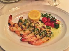 There's a reason POTUS went to #Carbone during his NYC visit. #italianfood #scampi