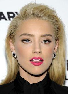 Celebrity Makeup: How To Get Amber Heard's Look Amber Heard Makeup, Amber Heard Hair, Bright Pink Lipsticks, Bright Lips, Beauty Makeup, Hair Makeup, Hair Beauty, Amber Head, Celebrity Makeup Looks