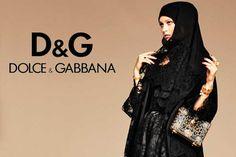 http://formiche.net/gallerie/dolce-e-gabbana-veste-le-musulmane-le-foto/ Dolce e Gabbana ha realizzato Abaya, la sua prima linea di abi...
