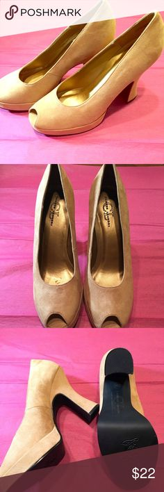 **Flash Sale**Chinese Laundry CL **Tan New** Chinese Laundry Tan Platform **New** Size 10 Chinese Laundry Shoes Platforms